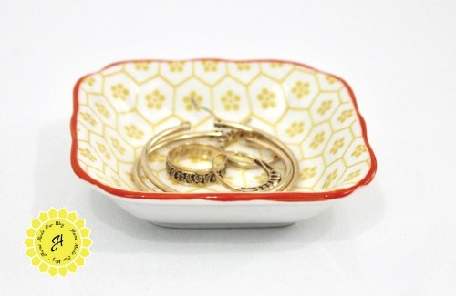 dish with jewelry