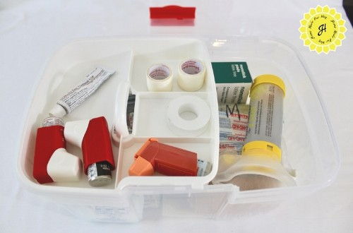 asthma pumps and inhalers in first aid kit